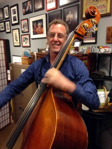 Lloyd Goldstein... playing upright for Marty