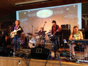 Moonalice soundchecks...