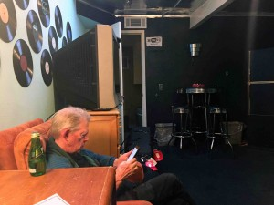 Jack in the dressing room... same as it ever was... except for internet.