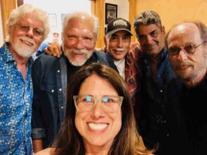 Fred Tackett, Jorma, Vanessa, John Hurlbut, Kenny Gradney and Paul Barrere